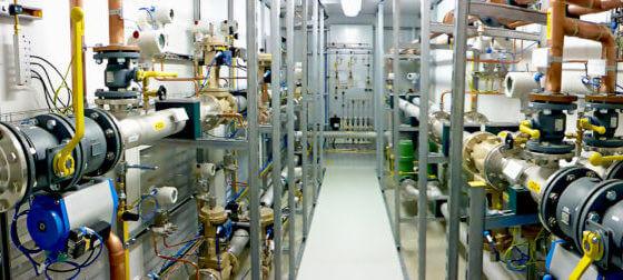 Container Gasmischanlage Panoramaaufnahme vom Inneren